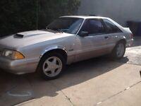 1992 Ford Mustang gt,ho,pour connaisseur