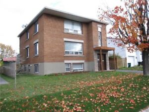 3 bedroom apart. for rent close to downtown/uOttawa