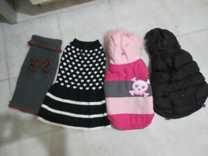 DOG JACKETS/SWEATERS SIZE SMALL-EUC!