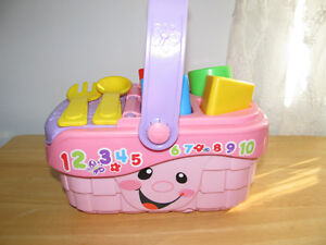 FISHER PRICE LEARNING PICNIC BASKET