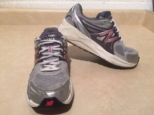 Kids New Balance 1140 Running Shoes Size 6.5 London Ontario image 3