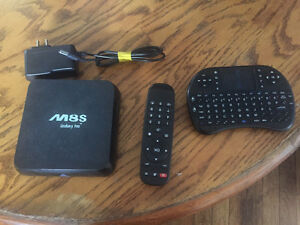 Android TV Box With Remote And Wireless Keyboard