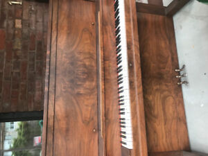 Free beautiful antique piano! Plays great!