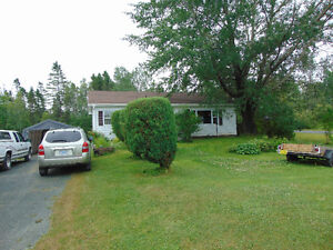 Home for sale in Lantz - Priced to sell - Great deal!