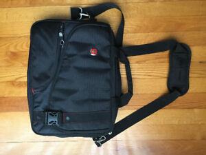 "SWA0929 Brand new Swiss Gear bag 15.6"" laptop bag 50$"