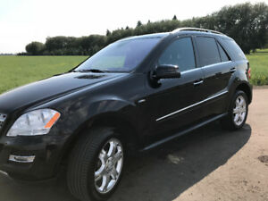 2011 Mercedes Benz 350ml bluetec