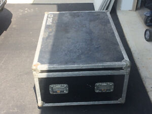 Hard shell drum road case