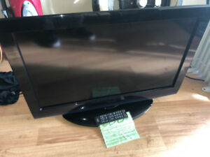 "32"" TV toshiba  -  Delivery"