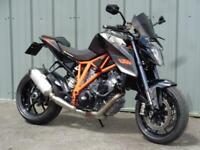 KTM 1290 SUPERDUKE HYPER-NAKED MOTORCYCLE
