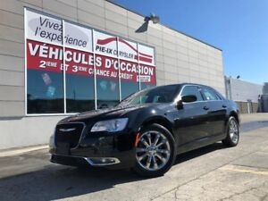 Chrysler 300 4dr Sdn Touring AWD+TOIT+CUIR+MAGS+WOW! 2017