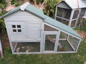 Chicken or rabbit coop hutch