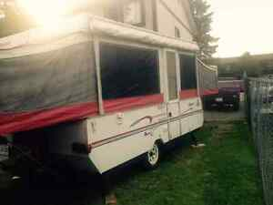 1998 jayco 12' tent trailer $2500. OBO