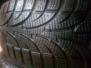 18'' Set of 4 Winter tires on rims