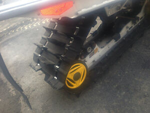 Ski-doo track 136x1.75in excelent cond $500 also other tracks