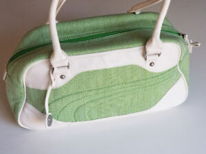 Puma Shoulder Hangbag light green fashionable sport bagL5B 2C9