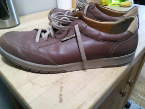 Size 12 men's Mephisto shoes