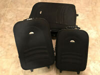 Suitcases – set of 3 D