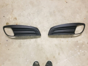 Genesis Coupe Front Grille/ Fog Surround Insert