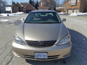 2002 TOYOTA CAMRY LE - V6 - MINT COND. - NO RUST - VERY LOW KMS