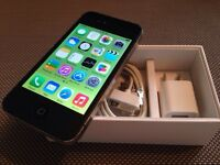 """Iphone 4 16GB Rogers & ChatR """" vela & not black-listed """""""