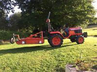 Kubota Tractor Model B2100 complete with Kubota Topper