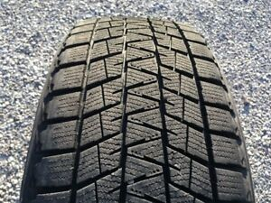 BRIDGESTONE BLIZZAK 225/55R19 WINTER SNOW TIRE