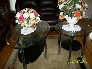 Price reduction- Cheap! Cheap! 2 coffee tables as a pair