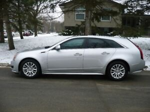 2012 Cadillac CTS Wagon....EXCELLENT CONDITION