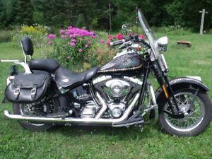 Harley Davidson 06 Heritage Springer Softail