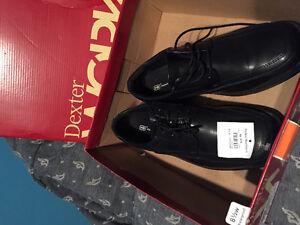 Men's dress shoes 8.5 wide