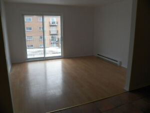 Appartement a louer - 4 1/2 - Longueuil