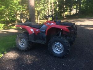 2005 Yamaha grizzly 660 with tracks Kingston Kingston Area image 1
