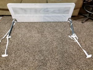 Bed rail for toddler