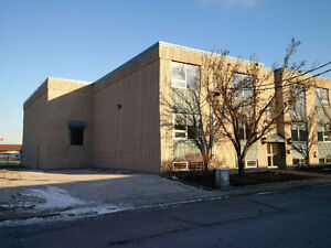 Warehouse/Office Space & Loading Docks Available for Rent Windsor Region Ontario image 1