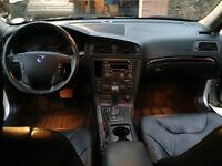 2003 Volvo V70 Black Wagon Great car ready to travel canada...