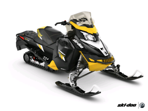 2016 damaged skidoo