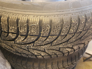 """Set of 4 winter truck tires on 17"""" rims  265/70/R17"""