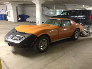 Selling 1977 chevy corvette