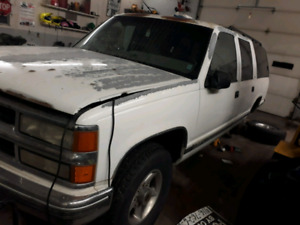 1992 Chevrolet Suburban Diesel  Parts Only