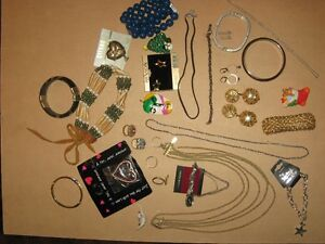 COSTUME JEWELLERY #7 36 PIECES FOR $5