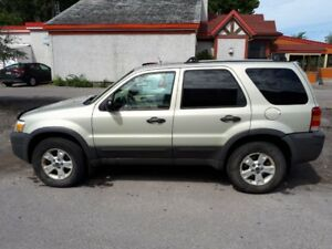 Ford Escape XLT Awd 4X4 2005 V6 3.0 Litres