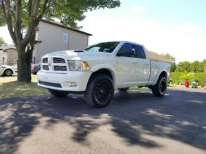 Dodge ram 1500 sport 2012 negociable