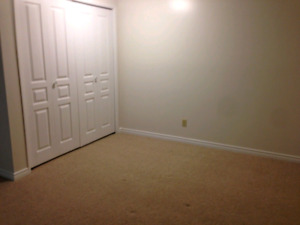 Great room for rent december 15