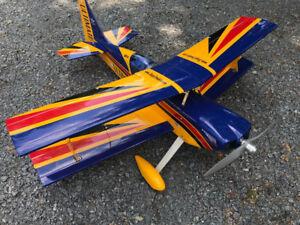Avion téléguidé Seagull Ultimate Bi-plan DLE 30cc