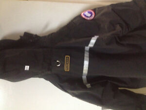 Men's large resolute Canada goose winter jacket