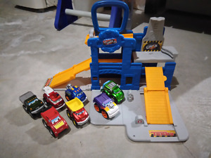 Chuck the Truck carry along set - $10