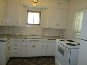 Don't miss out on this affordable, 1 bedroom, 4pc bathroom home Regina Regina Area image 2