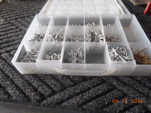 2 hand riveter kits and a case of pot rivets Kitchener / Waterloo Kitchener Area image 5