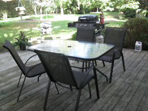 Patio Set, Table and Four Chairs