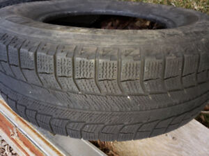 2 Michelin XICE 235 70 R16 Winter Tire (TWO TIRE ONLY)